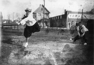 Women's baseball, 1916.
