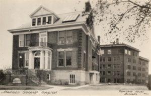 MGH postcard ca. 1920 - Photoart House S10154