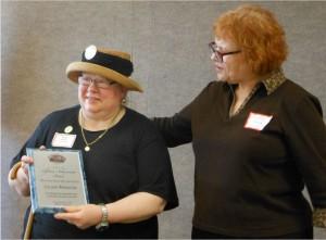 Laurie Wermter receiving award