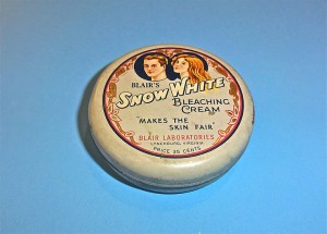 Blair's Snow White bleaching cream 2010.29.3b From the Dovie Horvitz Collection / UW Digital Collections