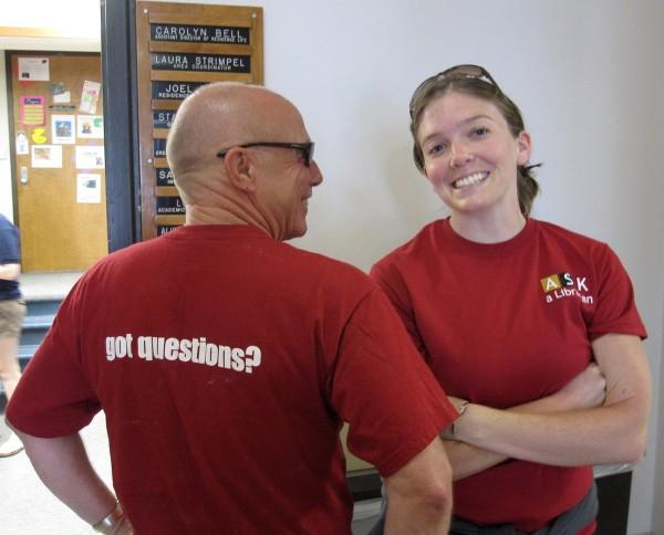 LibrariansMoveIn2010 005